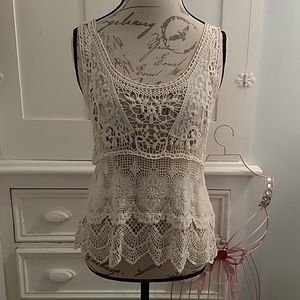 Double Zero crocheted top Sz L